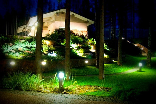 Ландшафтное освещение - заказать в Москве от производителя Svetilniki-Opory